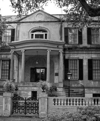 Savannah's Owens - Thomas House In Black And White Poster