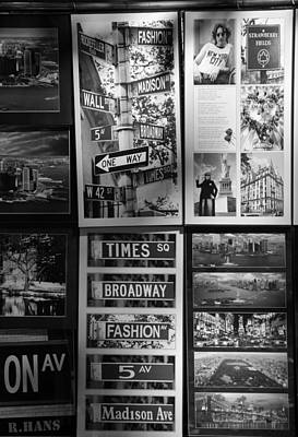 Scenes Of New York In Black And White Poster by Rob Hans