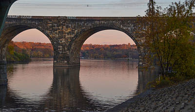 Schuylkill River Railroad Bridge In Autumn Poster
