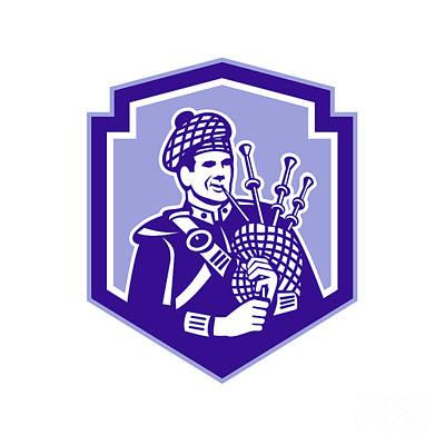 Scotsman Bagpiper Play Bagpipes Retro Shield  Poster