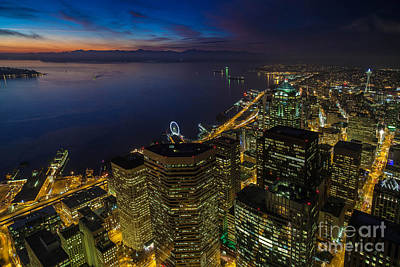 Seattle Dusk Colors Poster by Mike Reid