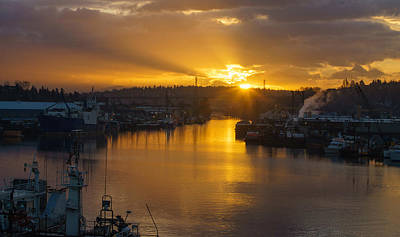 Seattle Ship Canal Sunstar Morning Poster