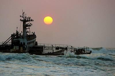 Shipwreck Sunset Poster by Jonathan Laverick