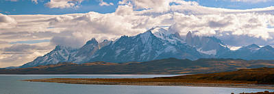 Snow Covered Mountain Range, Torres Del Poster