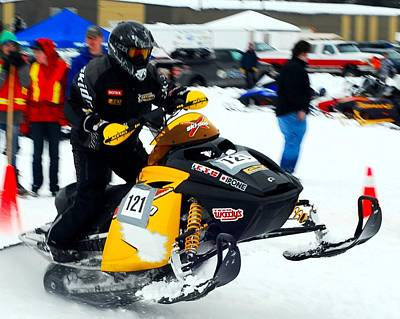 Snow Drags - 4 Poster by Don Mann