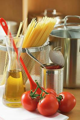 Spaghetti, Tomatoes, Oil And Pan Poster