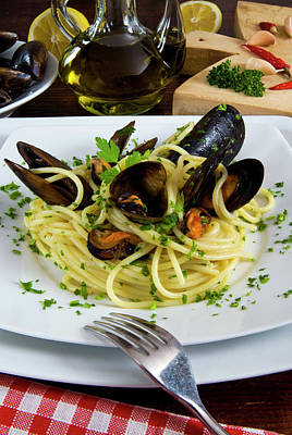 Spaghetti With Mussels (mytilus Poster