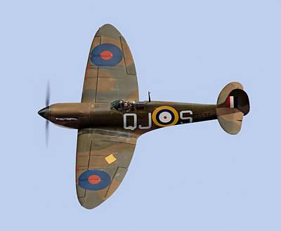 Spitfire Mk 1 R6596 Qj-s Poster by Gary Eason