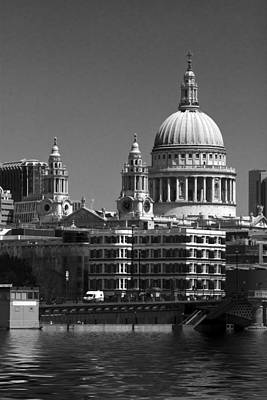 St Pauls Cathedral At London Bw Attractions  Poster by David French