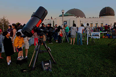 Stargazers At Dusk - Griffith Observatory Los Angeles California Poster