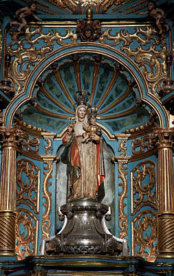 Statue Of Mary Holding The Baby Jesus Poster by Jaynes Gallery