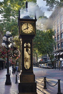 Steam Clock At Gastown Vancouver In The Morning Poster by Jit Lim