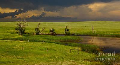 Storm Crossing Prairie 1 Poster