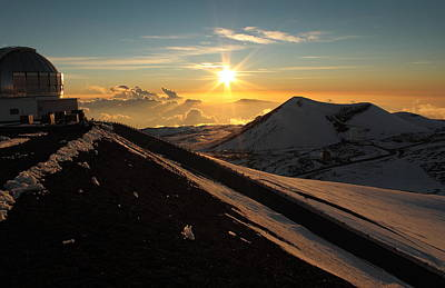 Poster featuring the photograph Sundown On Mauna Kea by Scott Rackers