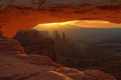 Sunrise At Mesa Arch 2 Poster