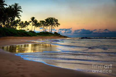 Sunrise Keawakapu Beach Poster by Kelly Wade