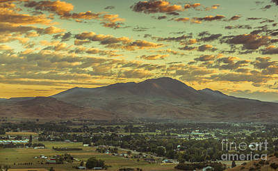 Sunrise Over Squaw Butte Poster