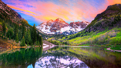 Sunset At Maroon Bells And Maroon Lake Aspen Co Poster