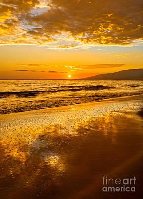 Sunset On Lahaina Poster