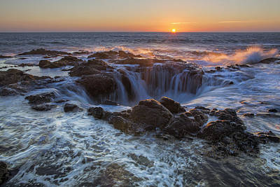 Sunset Over Thor's Well Along Oregon Coast Poster