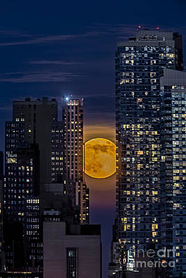 Super Moon Rises Over The Big Apple Poster