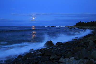 Super Moon Rising Over The Atlantic Poster