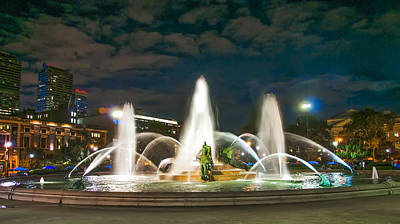 Swann Fountain At Night - Philadelphia Poster by Bill Cannon
