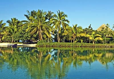 Tahitian Lagoon Poster