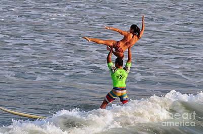 Tandem Surfing Poster