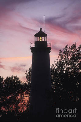 Tawas Point Light Sunset - Fs000822 Poster by Daniel Dempster