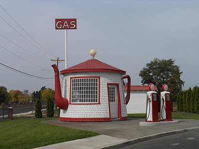 Teapot Dome Gas Station 2 Poster