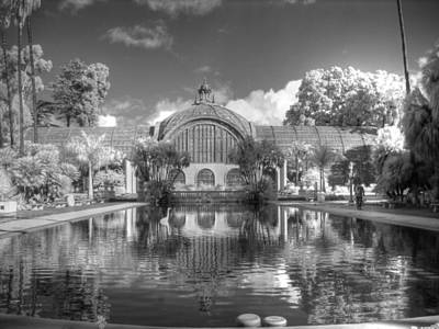 The Botanical Building In Black And White Poster by Jane Linders