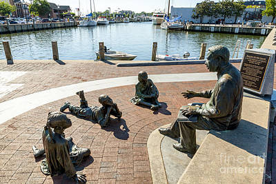 The Kunta Kinte-alex Haley Memorial In Annapolis Poster by William Kuta