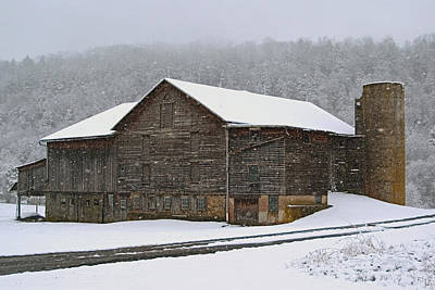 Poster featuring the photograph The Old Barn     Faded But Sturdy by Gene Walls