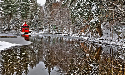 The Red Boathouse In Old Forge Poster by David Patterson