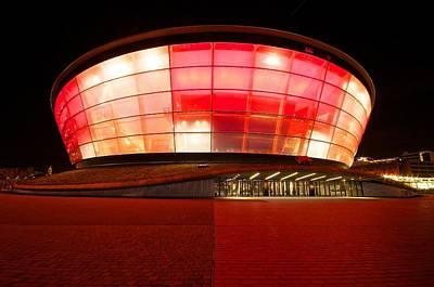 The Sse Hydro In Red Poster by Stephen Taylor