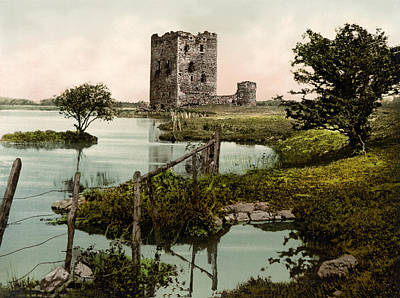 Threave Castle Poster by Bill Cannon
