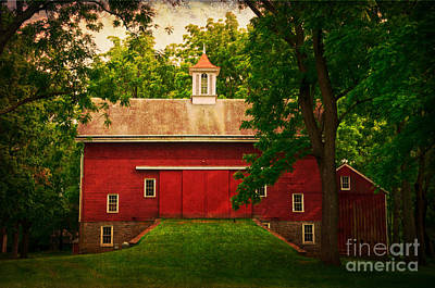 Tinicum Barn In Summer Poster