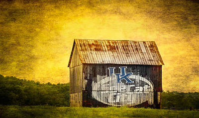 Tobacco Barn In Kentucky Poster