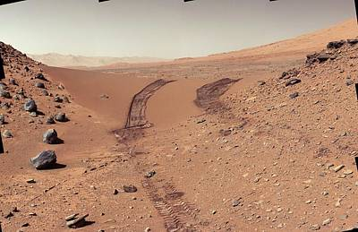 Tracks Of The Curiosity Rover On Mars Poster