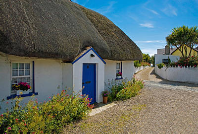 Traditional Thatched Cottage, Kilmore Poster