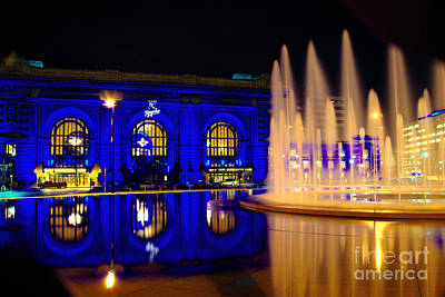 Union Station And Fountain In Royal Blue Poster
