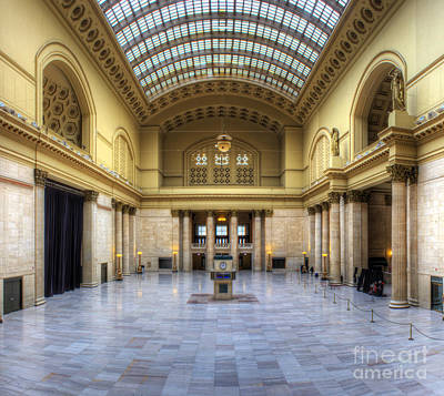 Union Station In Chicago Poster by Twenty Two North Photography