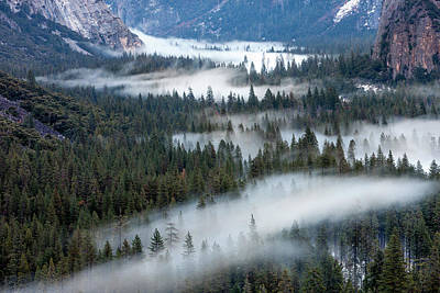 Valley Mist Yosemite, California Poster