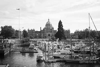 Victoria Harbour With Parliament Buildings - Black And White Poster
