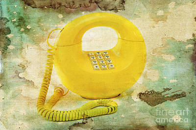 Vintage 1970s Bell Sculptura Telephone Poster by Andee Design