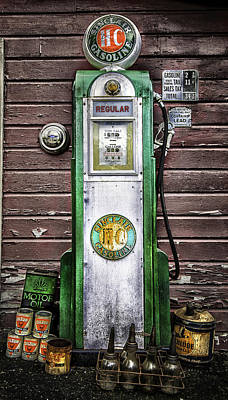 Vintage Sinclair Gas Pump Poster by Thomas Schoeller