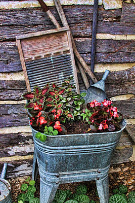 Wash Tub Planter Poster by Linda Phelps