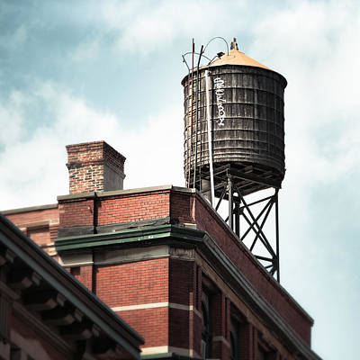 Water Tower In New York City - New York Water Tower 13 Poster by Gary Heller