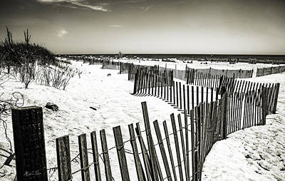 Winding Fence - Bridgehampton Beach - Ny Poster by Madeline Ellis